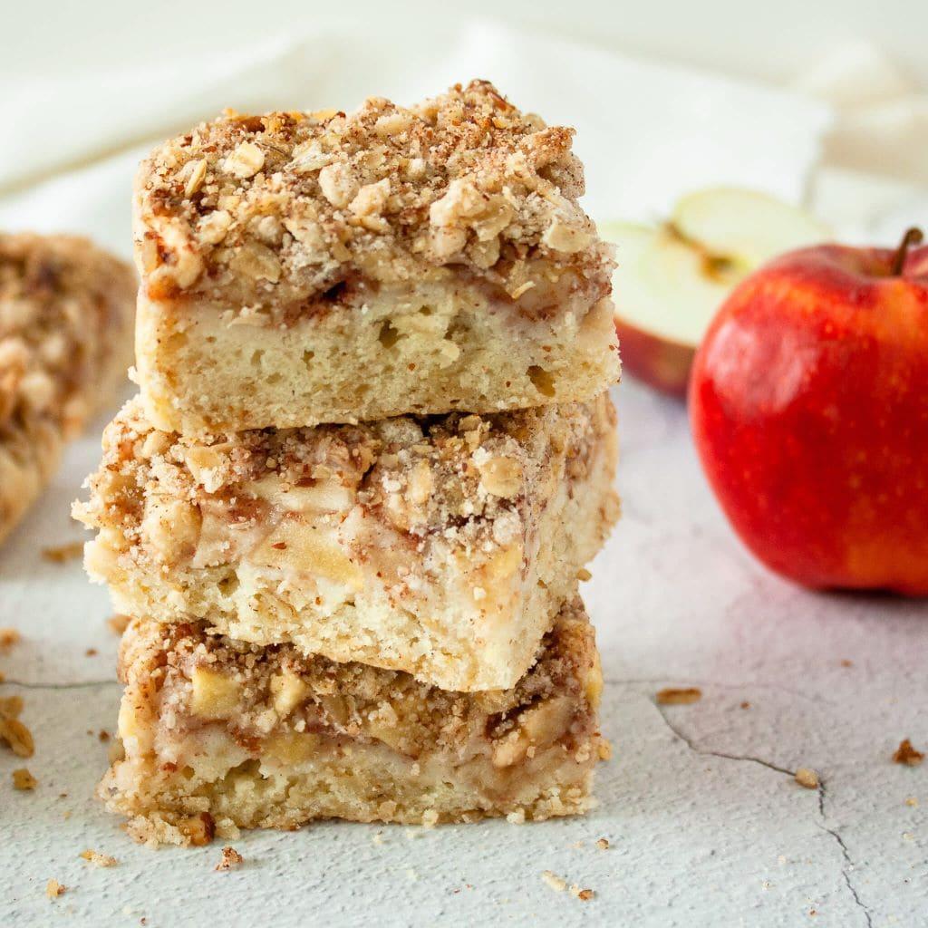 Photo of healthy apple crisp bars